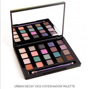 Urban Decay Vice 4 Eye Palette